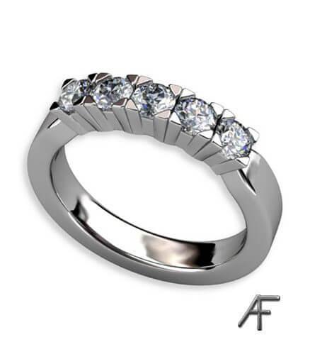 5 stens alliansring med diamanter