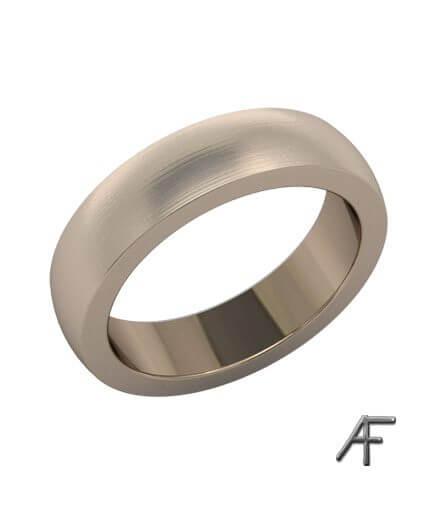 svagt välvd ring i 18 k rött guld