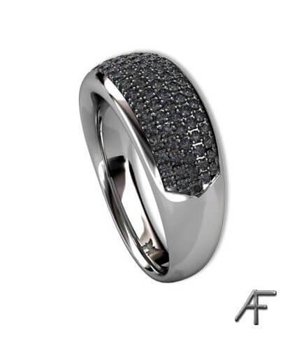 pavé infattade svarta diamanter