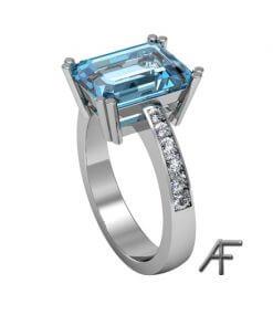 ring med akvamarin och diamanter