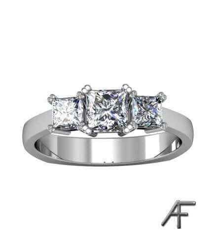 diamantring med prinsesser